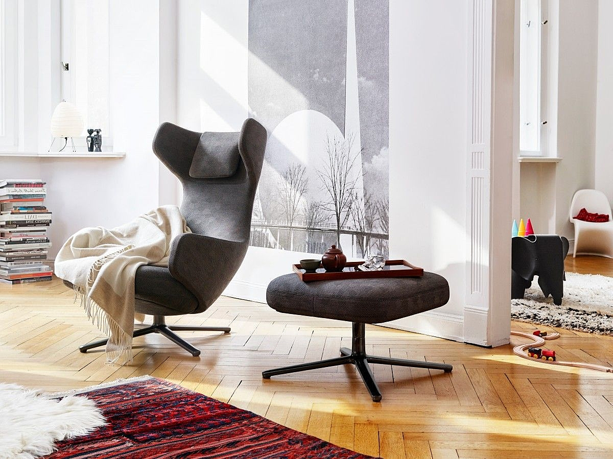 Vitra - Grand Repos lounge fauteuil met relaxsysteem.